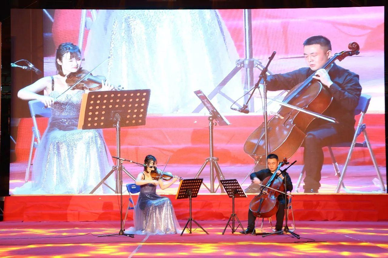 小提琴,大提琴二重奏《帕萨卡利亚》