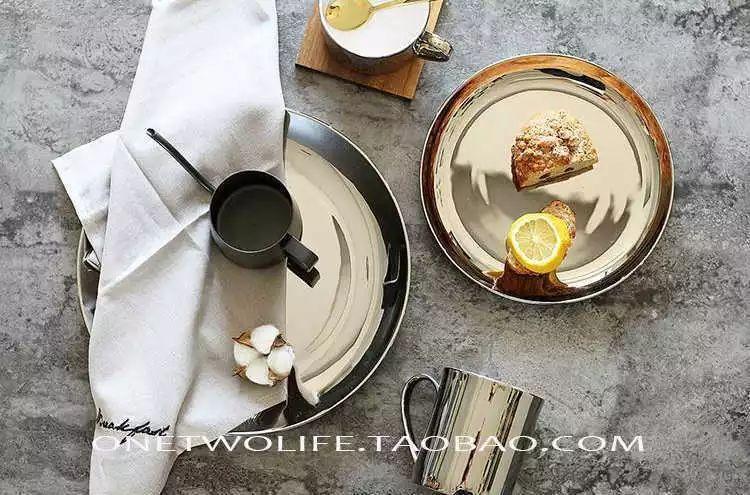 时尚 正文  北欧ins风:银杏叶餐盘 复古和风陶瓷盘 ins大热chic风