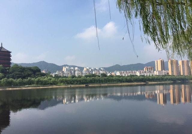 毛尖之都号称中国最宜居之城