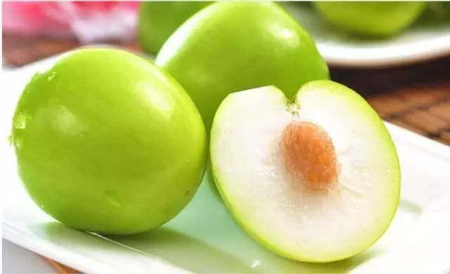 """台湾青枣是什么水果?蜜枣只为""""咔嚓""""一口的脆甜,有吃"""