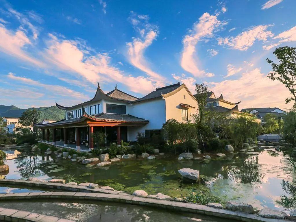 安吉旅游景点 江南天池度假村 - 第一星座网