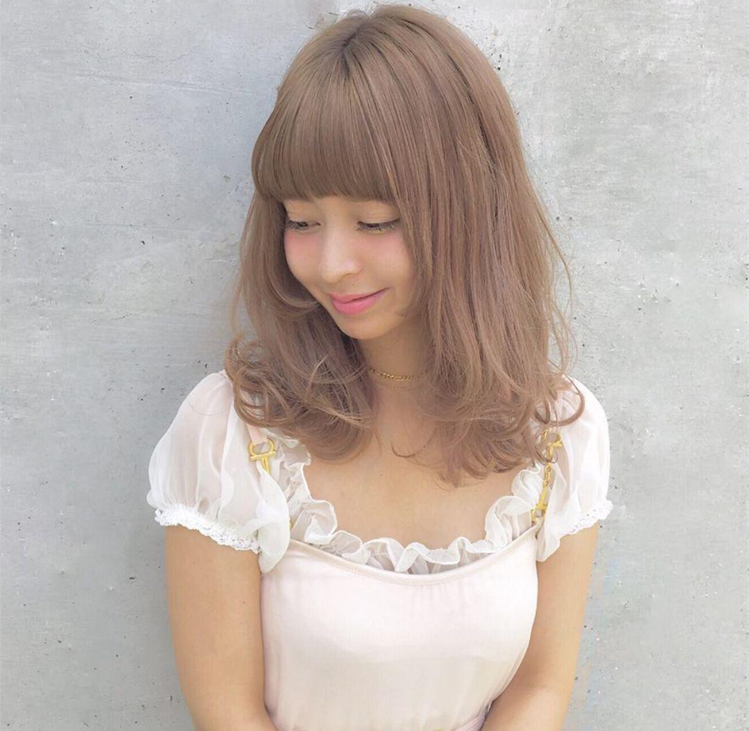 女人味十足中长发发型