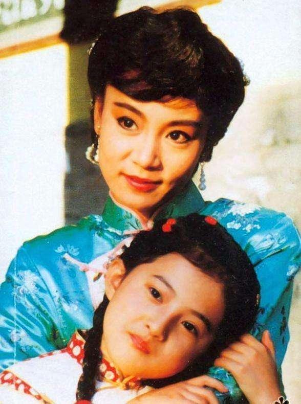 该剧也捧红了不少演员,像是青青的扮演者岳翎,何世纬的扮演者马景涛图片