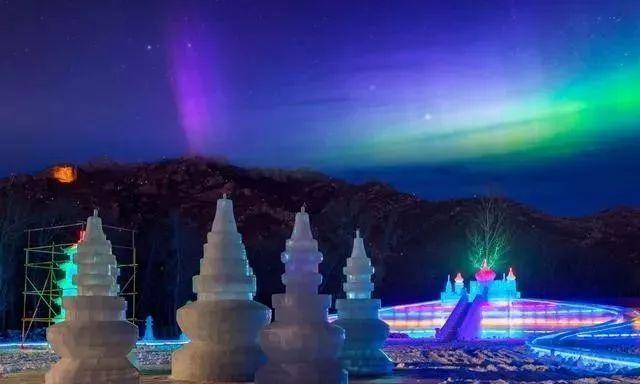 首届敖木伦冰雕戏雪节将在喀左县敖木伦湿地公园举办,紧邻浴龙谷温泉