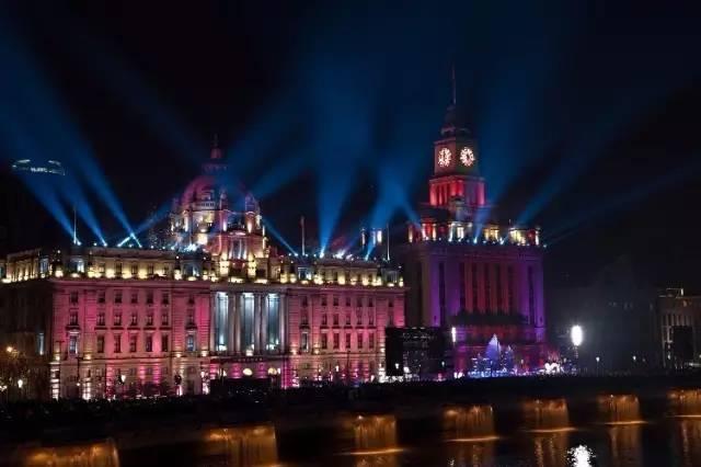 「 最都市迷幻—上海 」 欣赏最典雅的欧式建筑,看上海最迷幻的光影