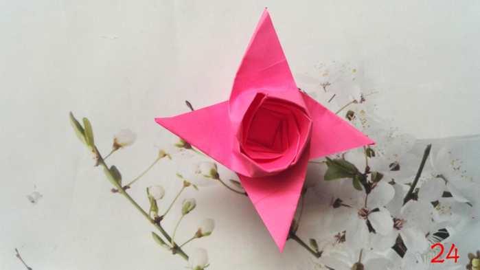 手工折纸: 一朵简单漂亮的纸玫瑰, 折纸图解教程