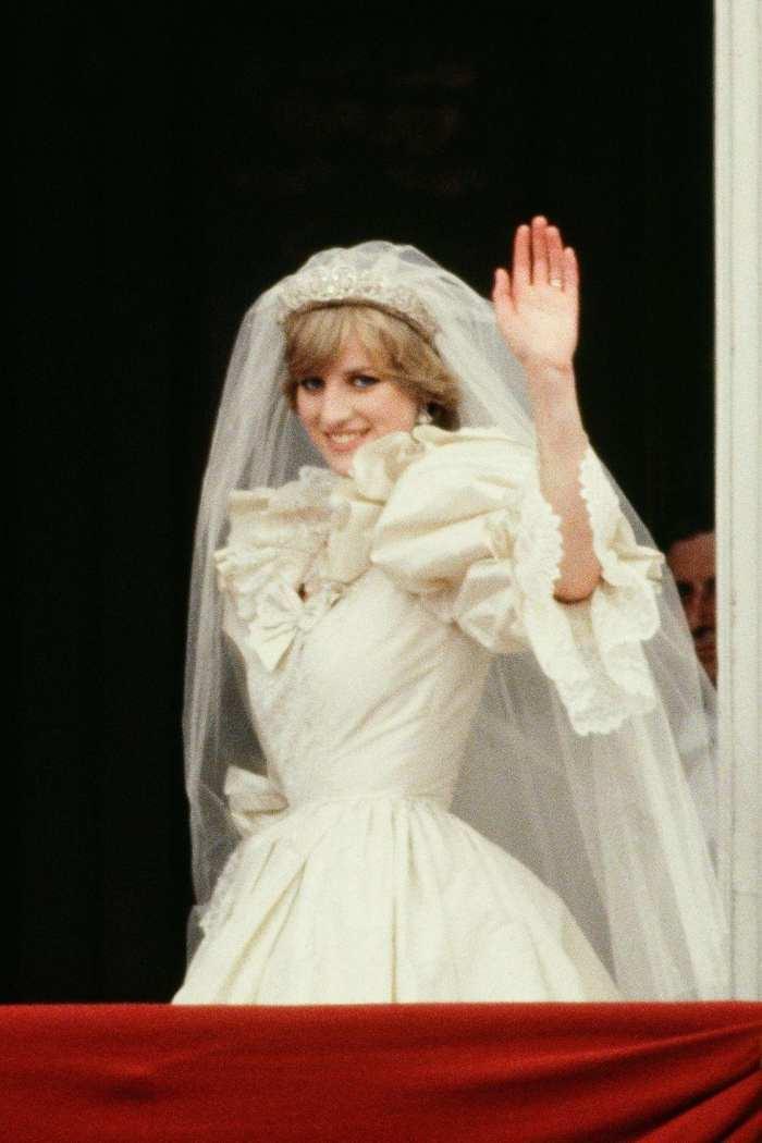 戴安娜王妃世纪婚纱有哪些不为人知的秘密