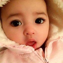 孕妇多吃葡萄,胎儿眼睛就会又圆又大,是真的吗