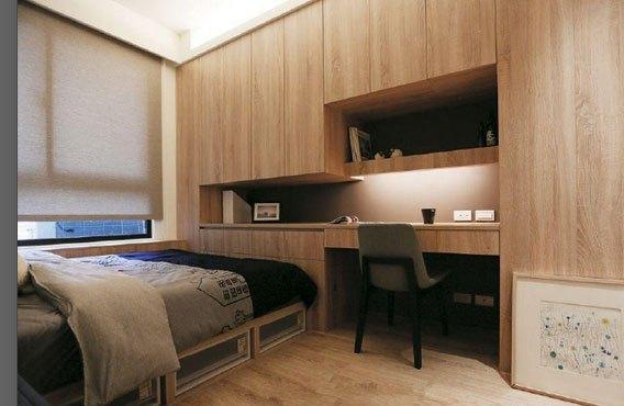 现代风格三房装修很舒适,电视嵌入背景墙,木板墙面装饰!