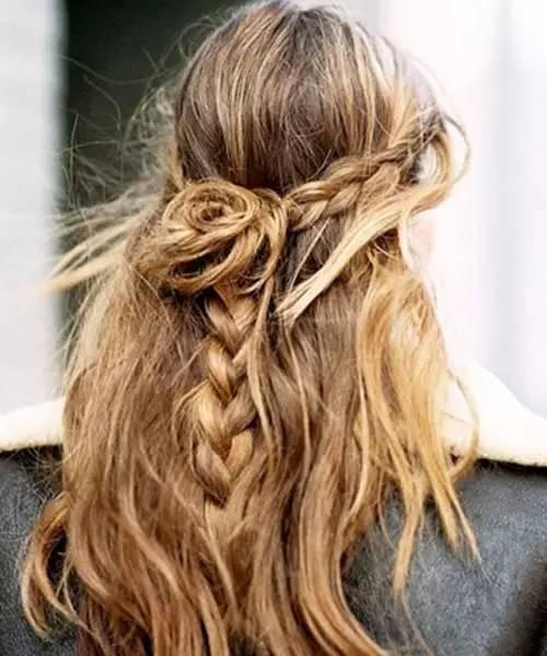 长发及腰有多美?几款编发发型告诉你图片