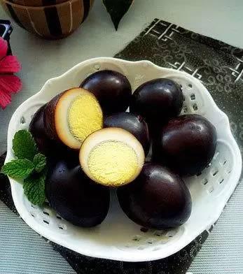 铁蛋的一天1_6道水煮蛋的做法,一天吃一种,一周不重样!