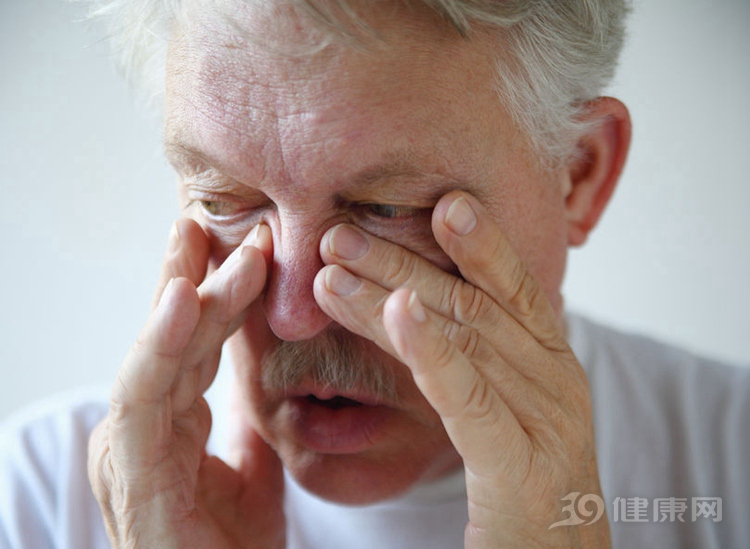 鼻癌的最明显症状_喉癌放疗需要多少钱