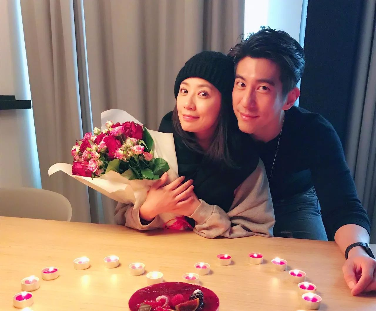 """李小璐""""下嫁""""贾乃亮,TVB最美混血女星下嫁武指…女高男低的婚姻注定会出轨?"""