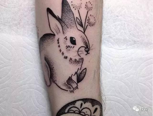 精美纹身图案篇:身上的兔子!