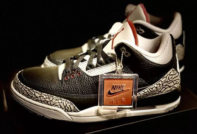 再曝细节实物!黑水泥 Air Jordan 3 将于 2 月正式发售,高仿运动鞋,耐克运动鞋