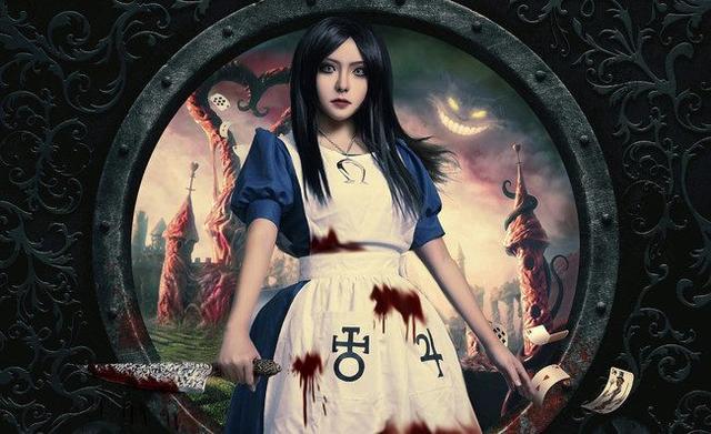 《爱丽丝:疯狂回归》爱丽丝的cosplay欣赏