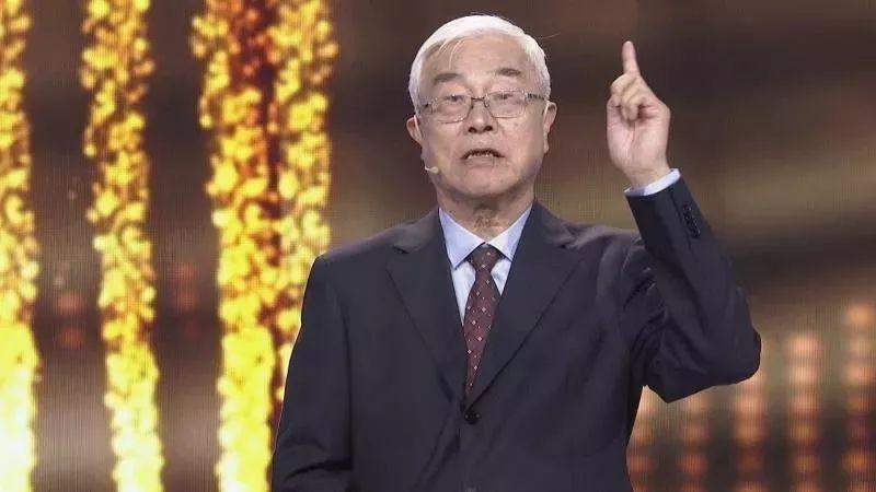 中科院教授吕述望:中国用美国因特网作互联网,安全何在!