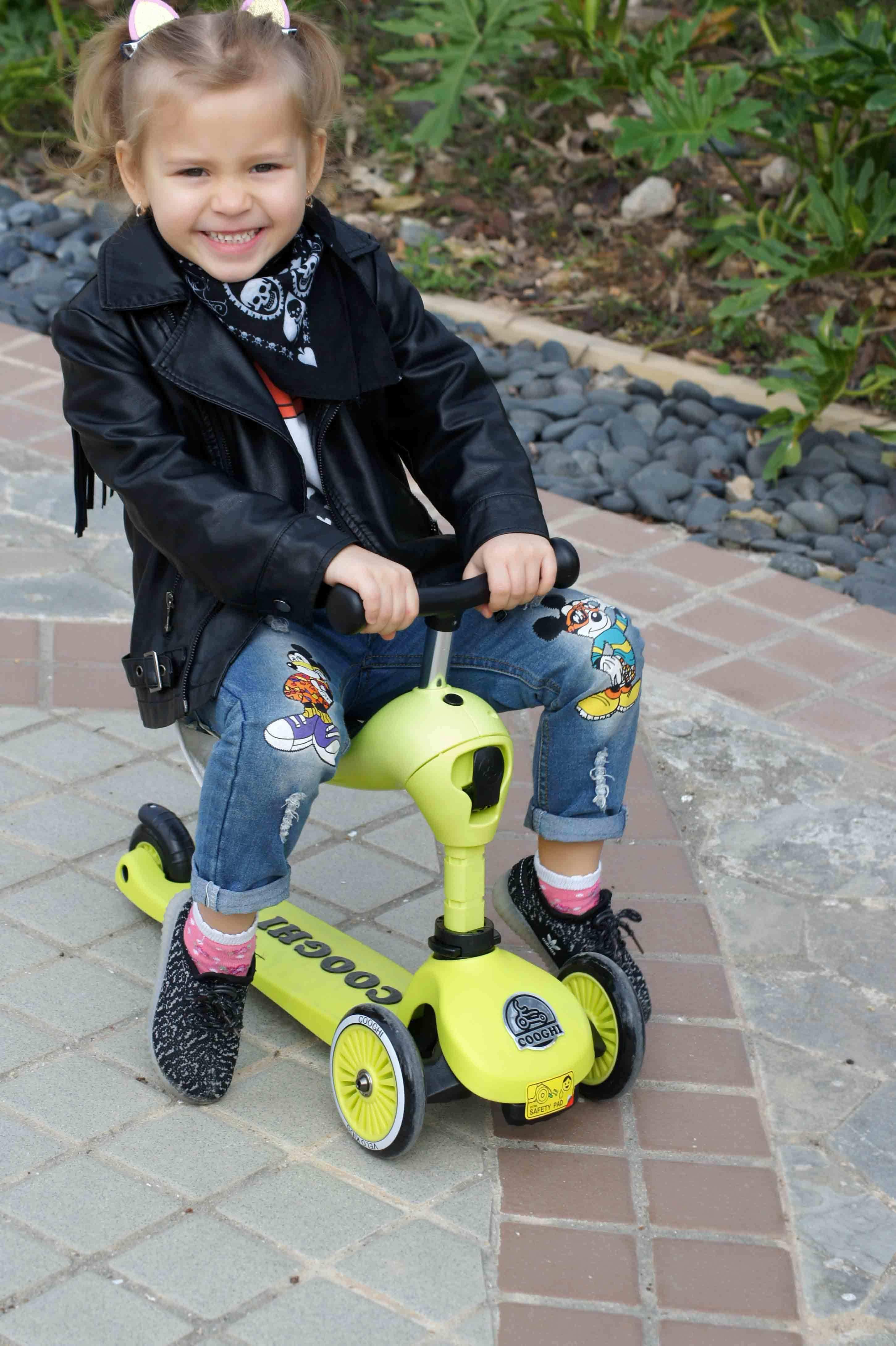 儿童滑板车什么牌子好用 明星的孩子带你玩转滑板车