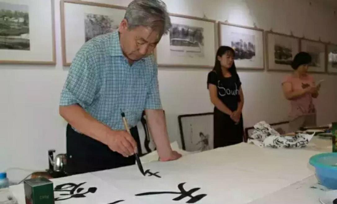 著名书画家刘振洲 人物专访