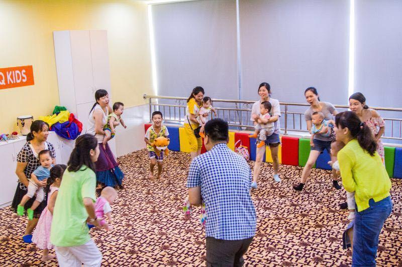 在0~3岁的发育重要时期里,和婴幼儿交流的要点是什么呢?