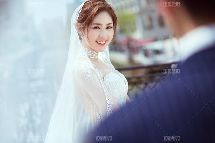 选婚纱摄影需注意_选婚纱摄影最需关注4大问题