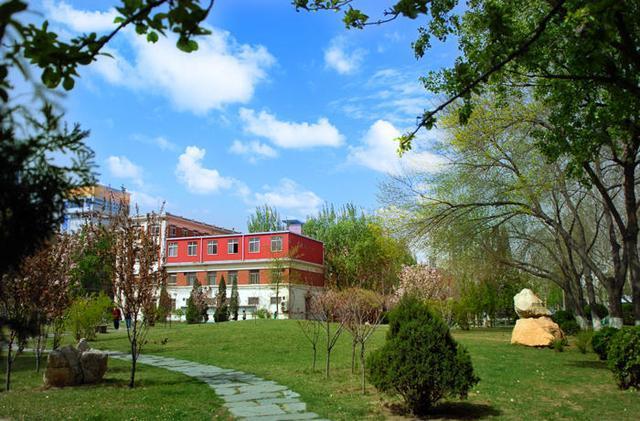 中国最好的五所中医药大学救死扶伤学医还是有出的!