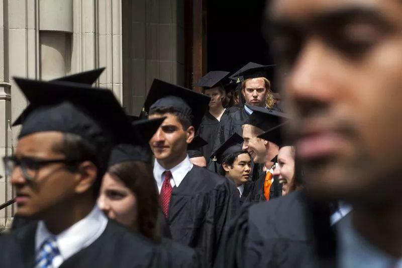付费精选华尔街牛市让部分美国高校钱淹脚目,但普通学生却难以直接受益