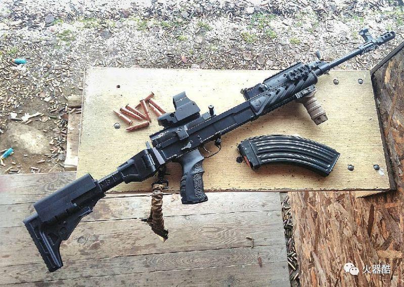 sex58_【加拿大党的最爱】捷克vz58突击步枪