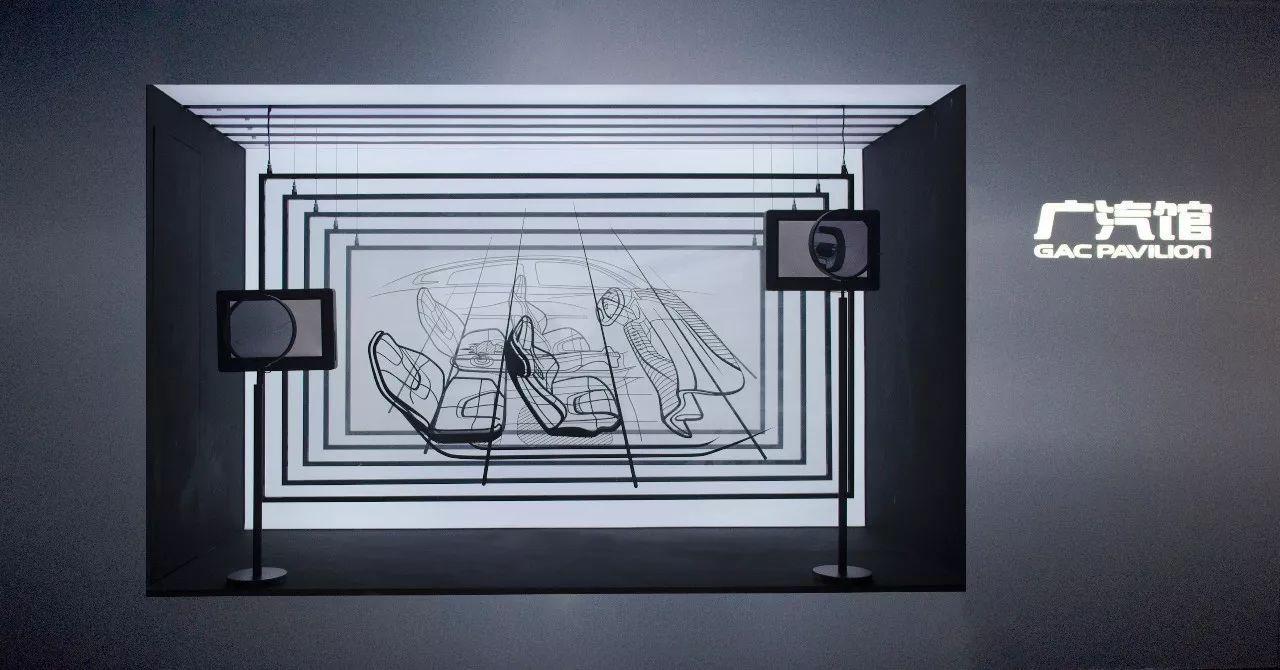橱窗背景则采用镜面材料,配合藏灯模拟汽车制造过程中光照测试的场景.图片