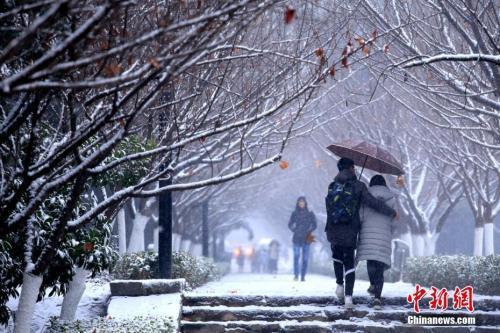 """今冬最强降雪迎来""""最强时段""""7省有大到暴雪"""