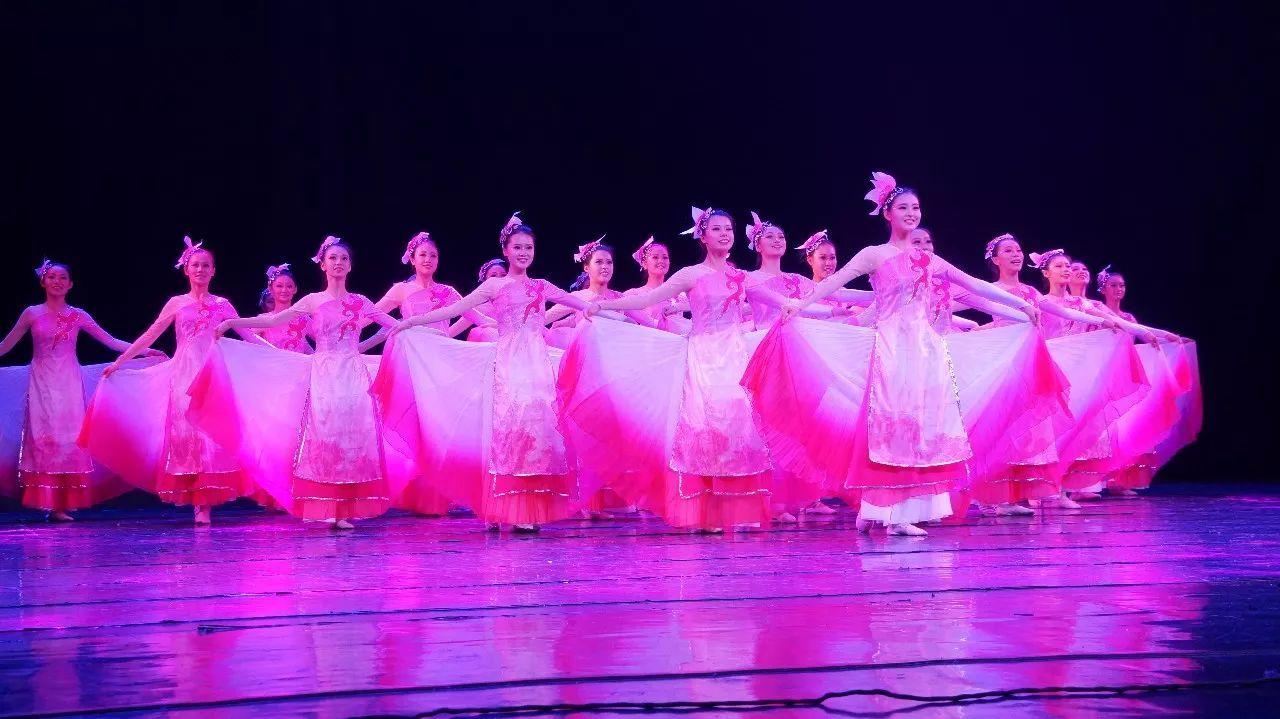 旅校风采|青岛旅游学校舞蹈社荣获2017年青岛市中小学生艺术团舞蹈团