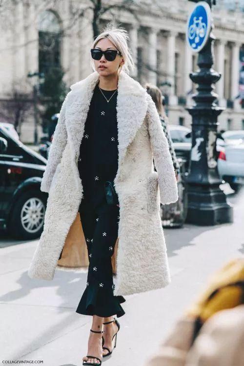 冬天最好看的搭配,竟然是长外套里搭长裙!!