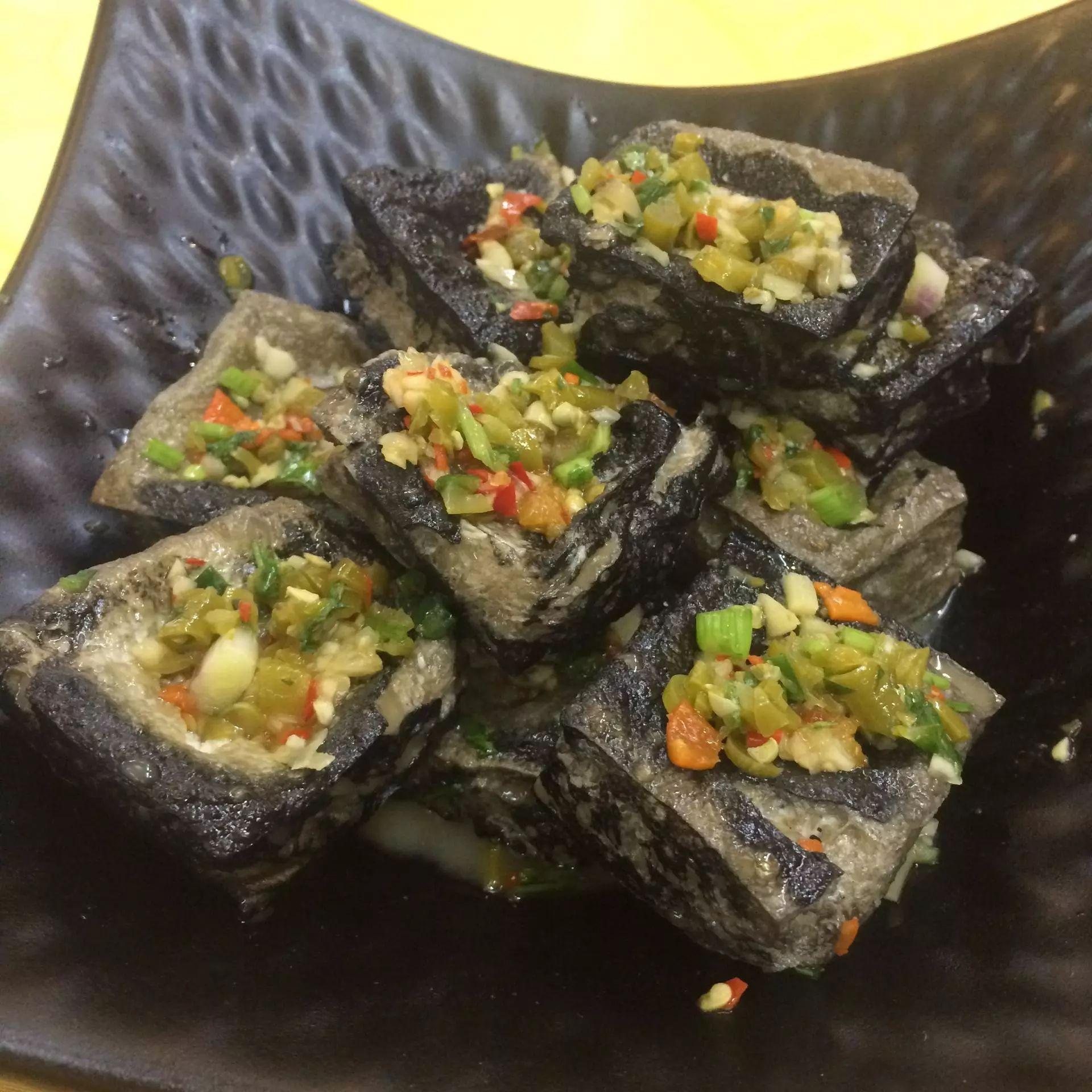 三鲜砂锅米线-盘点那些让你欲罢不能的美食