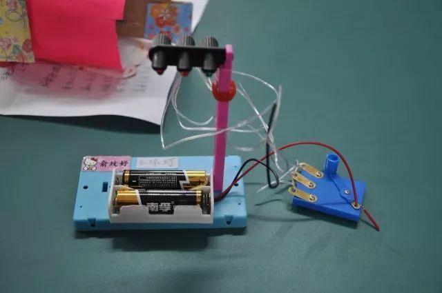 四年级手工制作小吊车