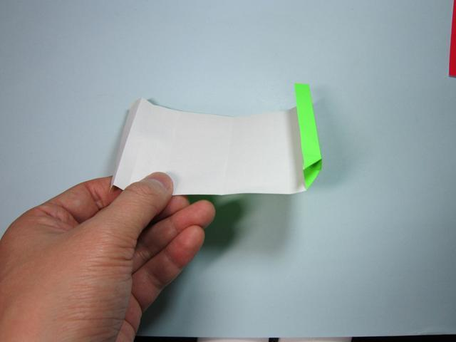 儿童手工折纸:相框折纸步骤图解