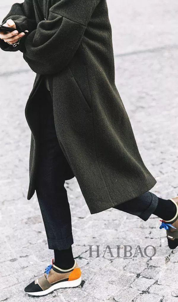 球鞋+裙子,球鞋+大衣...学会用球鞋搭配一切后,高跟鞋都被闲置了!