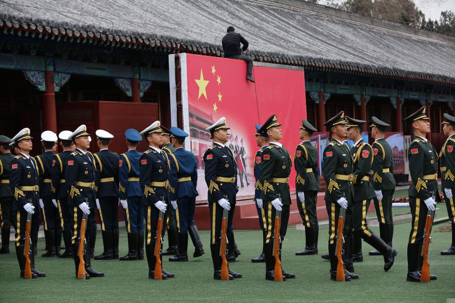 国旗护卫队驻地更背景墙 换三军仪仗队照片