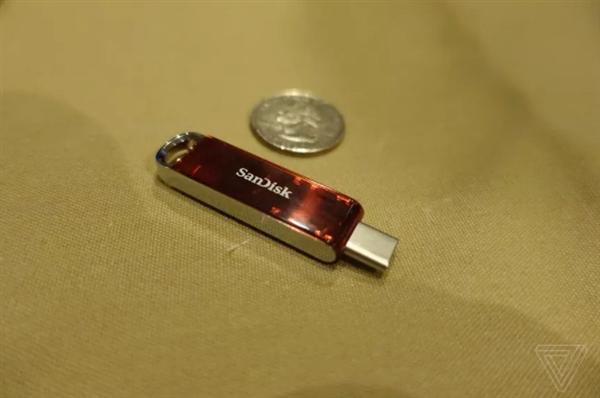 全球最小1TB USB-C U盘来了!极品毒物