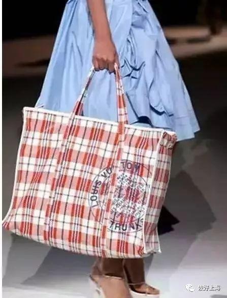 ▼lv编织袋轰动春运界
