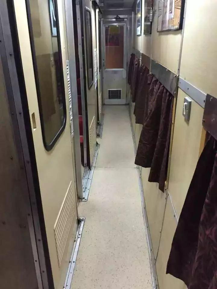 我在印度挂了一次火车,瞬间穿越回20年前的中国