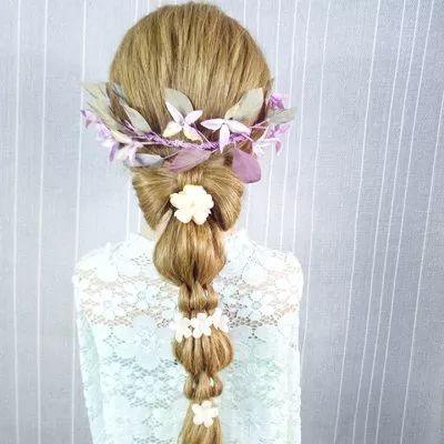 发型创意蝴蝶结编发大全发型女斜刘海女生图片图片