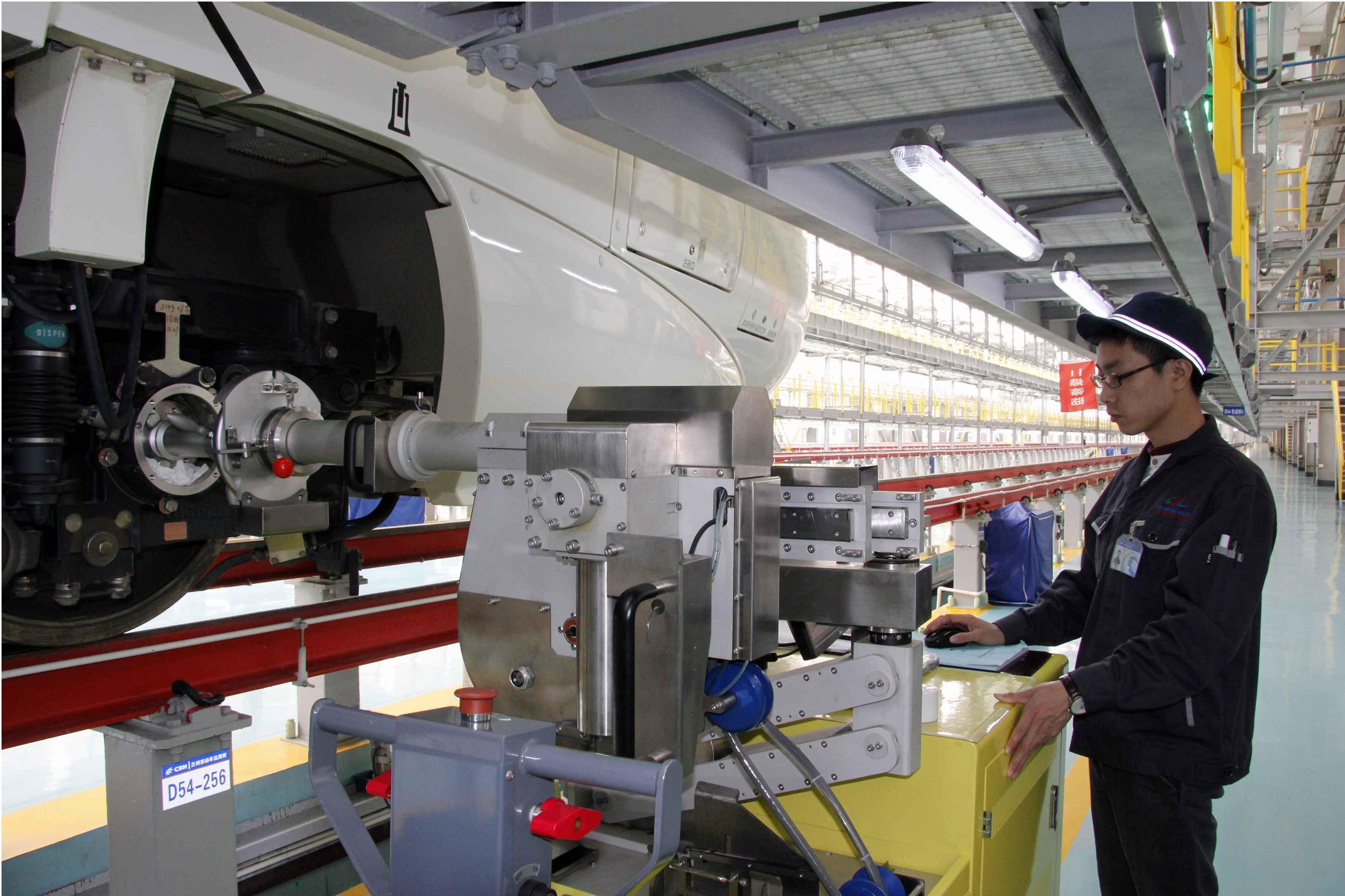 甘肃省兰州车辆段提高动车组运行