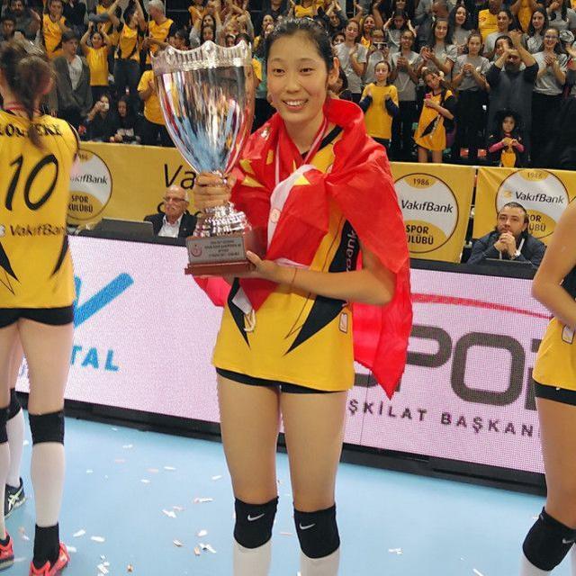 朱婷21分场场得分王,世界第一火爆4连胜,誓言卫冕欧冠MVP