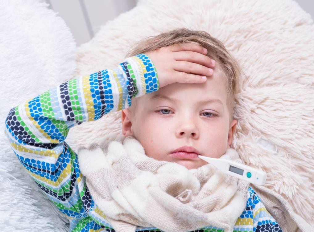 小孩子连续发烧怎么办