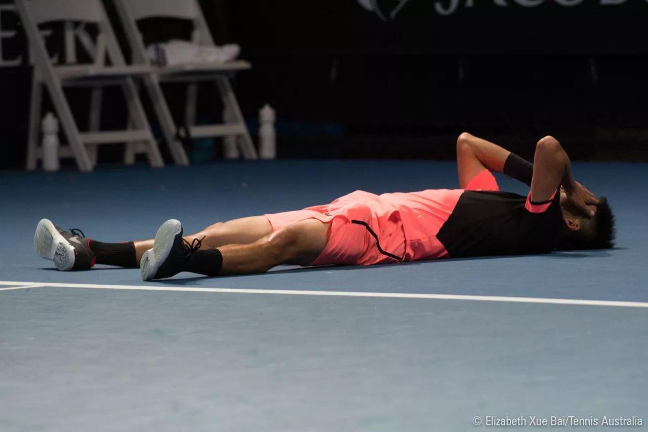 吴迪血性爆发,救9赛点但丢4赛点遗憾出局:我不希望给男网丢脸