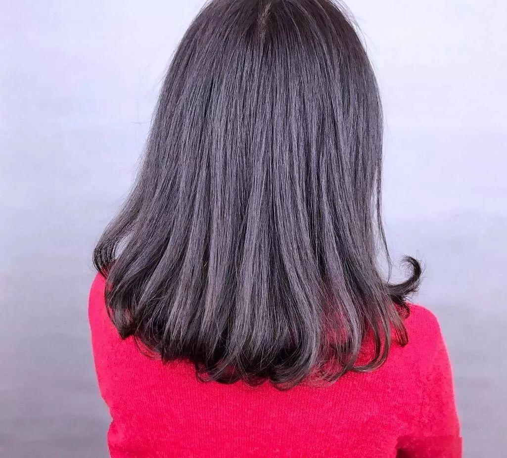 中短发内扣烫发发型图片图片