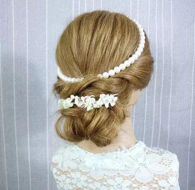 时尚达人都爱不释手的5款编发发型,加上发饰很吸睛哟