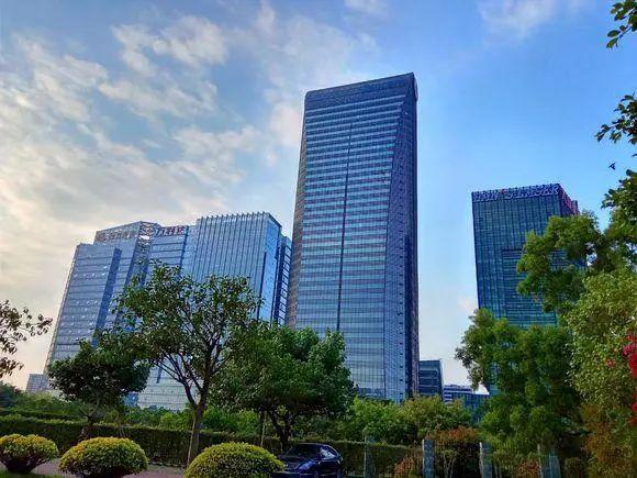 平安银行大厦_中国各巨头公司的总部大楼,哪个更好看?