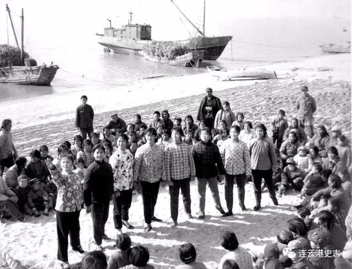 【老照片的记忆】在海岛渔村跳芭蕾――记连云港市第一批芭蕾舞蹈演员