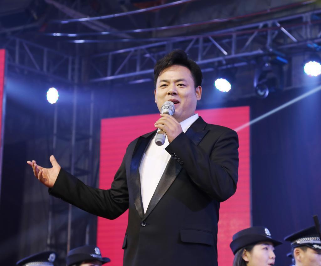 歌曲《中国军魂》